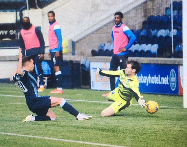 Lewis Vaughan puts Raith Rovers 2-1 ahead on Tuesday night against Dunfermline at Stark's Park